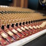 empresa de mixagem de áudio Vila Santo Estéfano