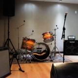 estúdio de ensaio e gravação musical