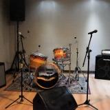 estúdio para ensaio de bandas